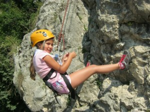 afterschool-tabara_alpinism-sarituri-in-coarda-funny-games-354